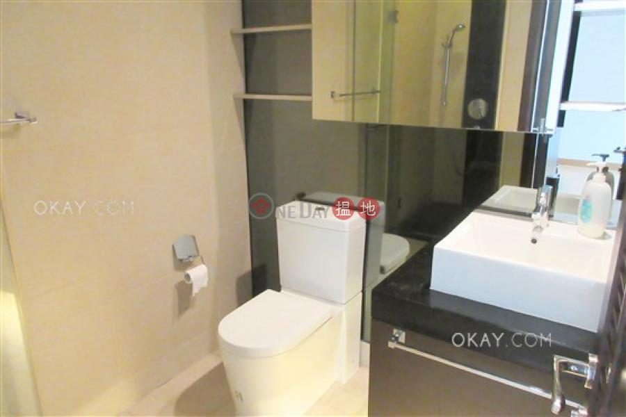 1房1廁,極高層,可養寵物,露台《嘉薈軒出租單位》|嘉薈軒(J Residence)出租樓盤 (OKAY-R85928)