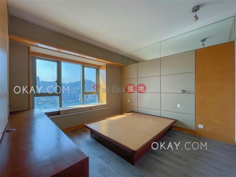 HK$ 65,000/ 月君臨天下1座油尖旺-3房2廁,極高層,星級會所,連車位君臨天下1座出租單位