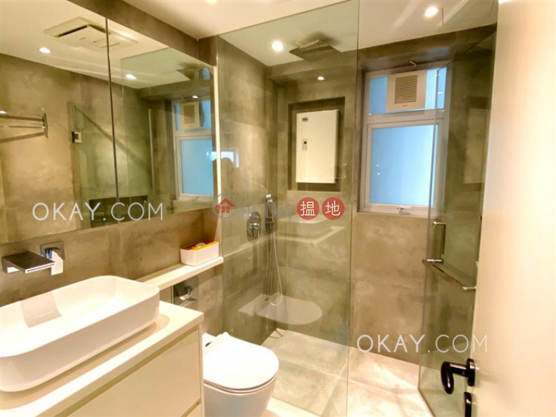 HK$ 9.7M Discovery Bay, Phase 5 Greenvale Village, Greenbelt Court (Block 9) | Lantau Island, Popular 3 bedroom in Discovery Bay | For Sale