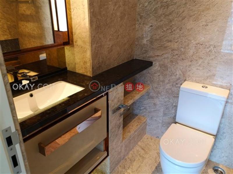 1房1廁,極高層,露台《梅馨街8號出租單位》 梅馨街8號(8 Mui Hing Street)出租樓盤 (OKAY-R353264)