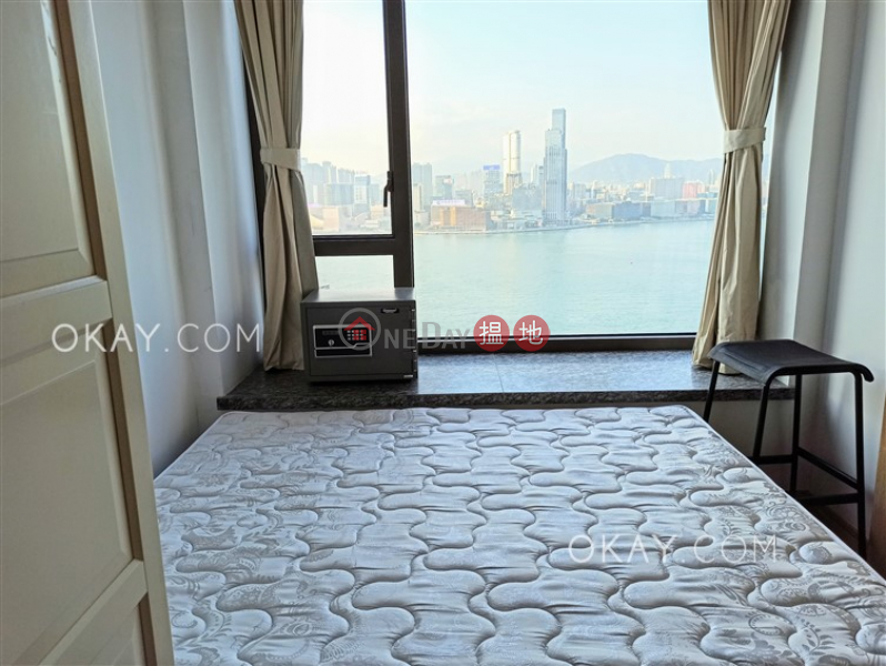 HK$ 15M The Gloucester   Wan Chai District, Gorgeous 1 bed on high floor with sea views & balcony   For Sale
