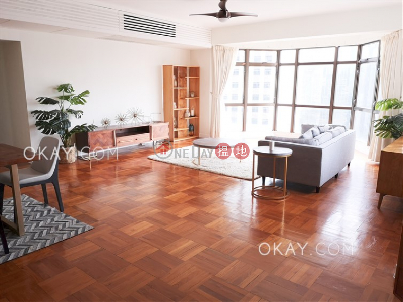 Beautiful 4 bedroom with parking   Rental   Bamboo Grove 竹林苑 Rental Listings