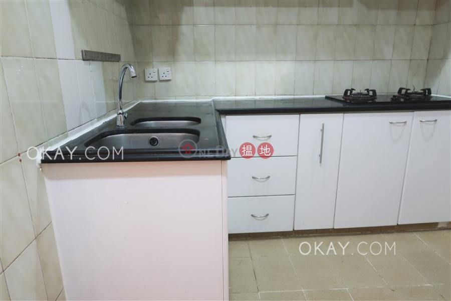 3房2廁《陞楷大樓出租單位》 西區陞楷大樓(Shing Kai Mansion)出租樓盤 (OKAY-R78073)