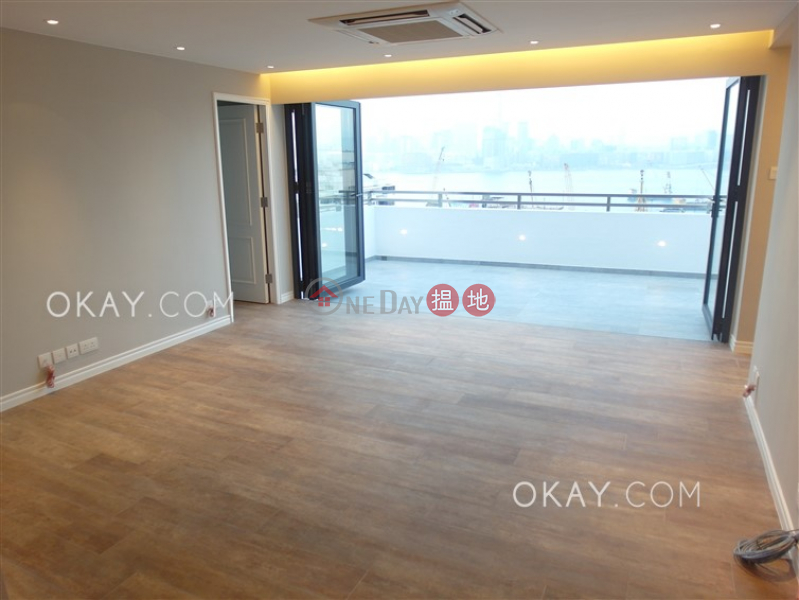 HK$ 60,000/ month, Kingston Building Block B, Wan Chai District | Nicely kept 2 bed on high floor with harbour views | Rental
