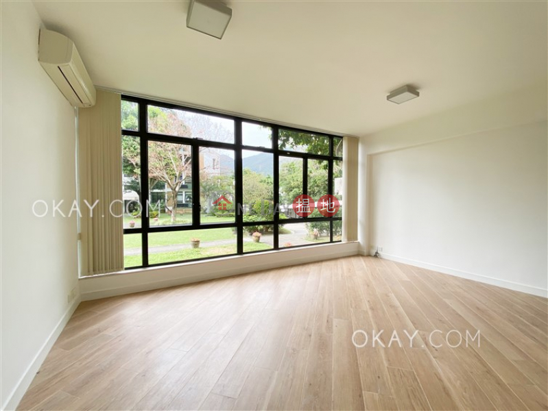 Luxurious 3 bedroom with terrace & parking | For Sale | Country Villa 翠谷別墅 Sales Listings