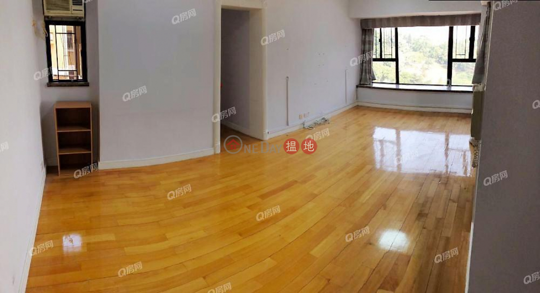 Property Search Hong Kong | OneDay | Residential Rental Listings Scenic Garden Block 3 | 3 bedroom High Floor Flat for Rent