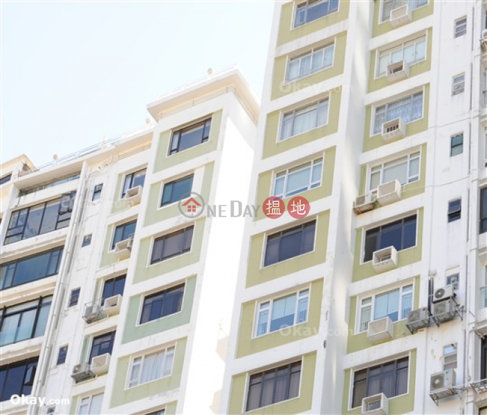 Efficient 3 bedroom with balcony | For Sale | Bellevue Court 碧蕙園 Sales Listings