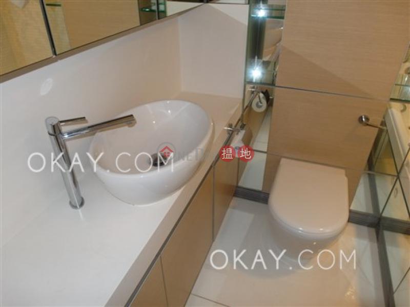 3房2廁,星級會所,可養寵物,露台《聚賢居出租單位》|聚賢居(Centrestage)出租樓盤 (OKAY-R83248)