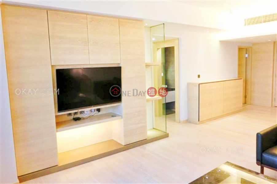 HK$ 51M, Convention Plaza Apartments Wan Chai District Luxurious 3 bedroom on high floor with harbour views | For Sale