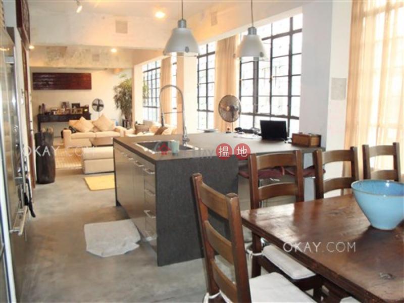 HK$ 3,500萬|士丹頓街60號|中區2房2廁,實用率高,連租約發售《士丹頓街60號出售單位》