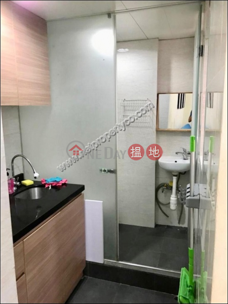 HK$ 16,000/ month | Fook Gay Mansion Wan Chai District Furnished 2-bedroom flat for rent in Wan Chai
