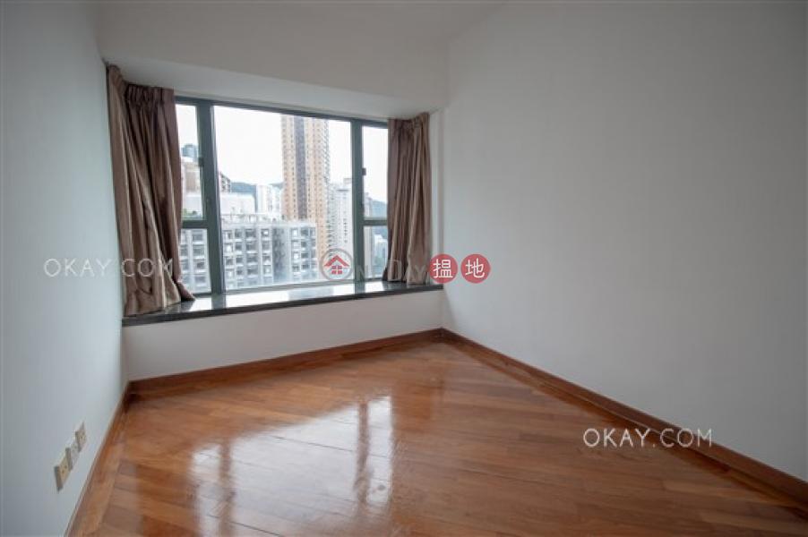 HK$ 66,000/ 月-羅便臣道80號西區3房2廁,極高層,星級會所,可養寵物《羅便臣道80號出租單位》