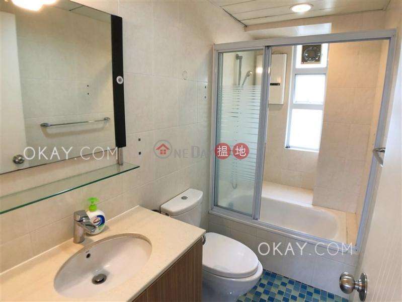 Efficient 3 bedroom with balcony & parking | For Sale 22-26 Village Road | Wan Chai District | Hong Kong, Sales HK$ 25M