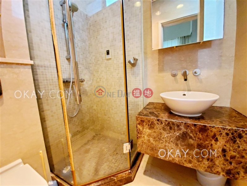 Gorgeous 3 bedroom with sea views, balcony | Rental | Grosvenor Place Grosvenor Place Rental Listings