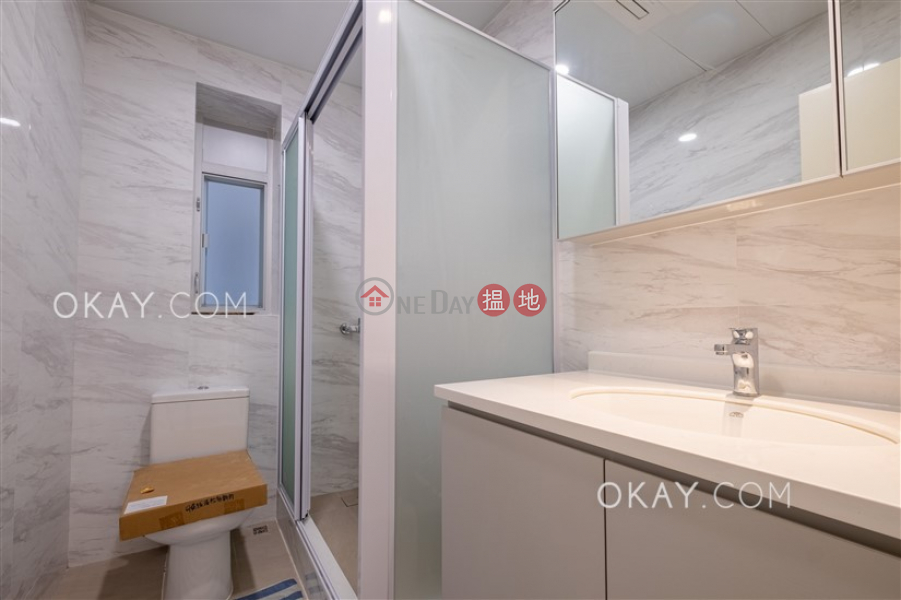 HK$ 110,000/ 月|松柏新邨|灣仔區4房2廁,實用率高,連車位,露台《松柏新邨出租單位》