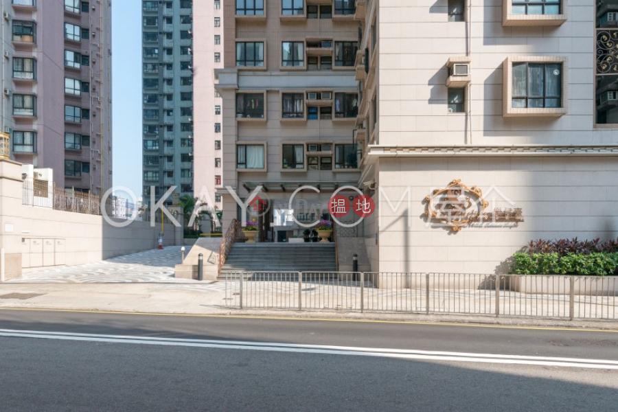 Unique 3 bedroom on high floor   Rental, Robinson Heights 樂信臺 Rental Listings   Western District (OKAY-R83023)