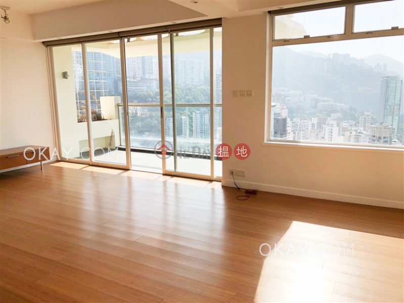Gorgeous 2 bedroom on high floor with balcony & parking | Rental | Lincoln Court 林肯大廈 Rental Listings