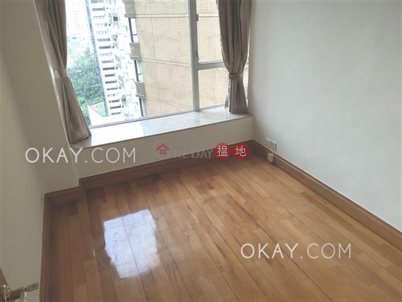 3房2廁,極高層,星級會所,連車位《蔚皇居出租單位》11梅道 | 中區|香港-出租-HK$ 62,000/ 月