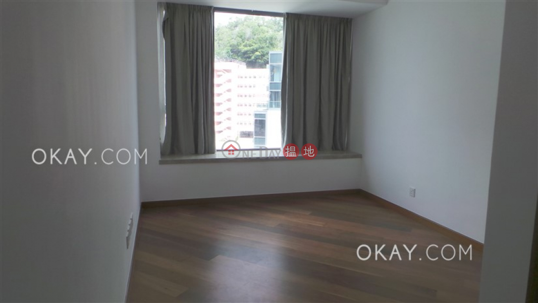 Beautiful 3 bed on high floor with balcony & parking | Rental | Parc Inverness Block 5 賢文禮士5座 Rental Listings