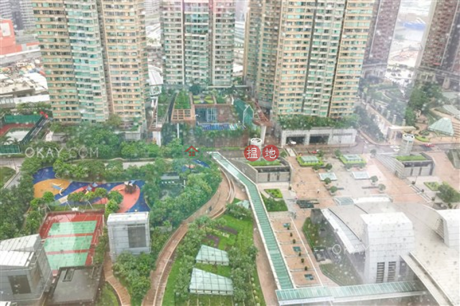 The Cullinan Tower 21 Zone 5 (Star Sky)   Middle   Residential   Rental Listings   HK$ 38,000/ month