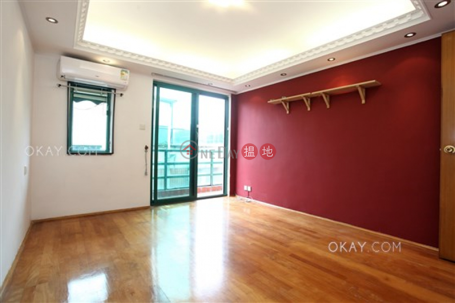 Property Search Hong Kong | OneDay | Residential Rental Listings, Generous house with rooftop, balcony | Rental
