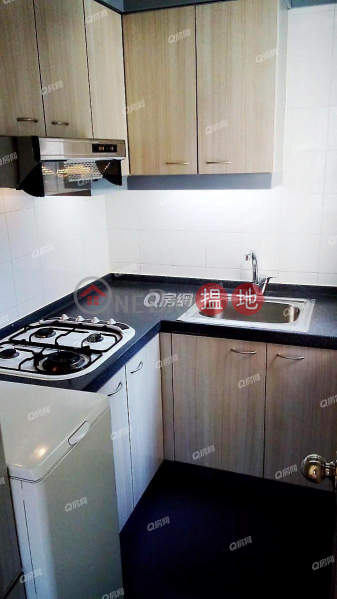 HK$ 28,000/ month | Vantage Park Western District | Vantage Park | 2 bedroom Mid Floor Flat for Rent