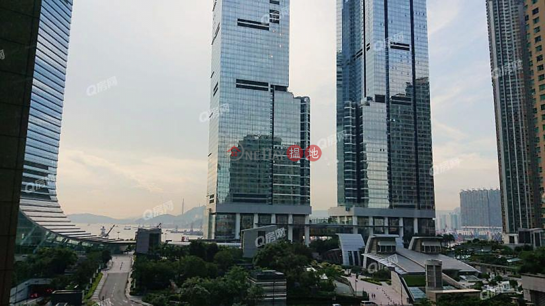 Property Search Hong Kong | OneDay | Residential, Rental Listings, The Arch Star Tower (Tower 2) | 2 bedroom Low Floor Flat for Rent