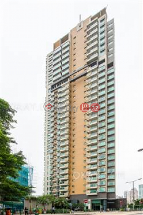 3房2廁,星級會所,露台《匯賢居出售單位》|匯賢居(Centre Place)出售樓盤 (OKAY-S60654)_0