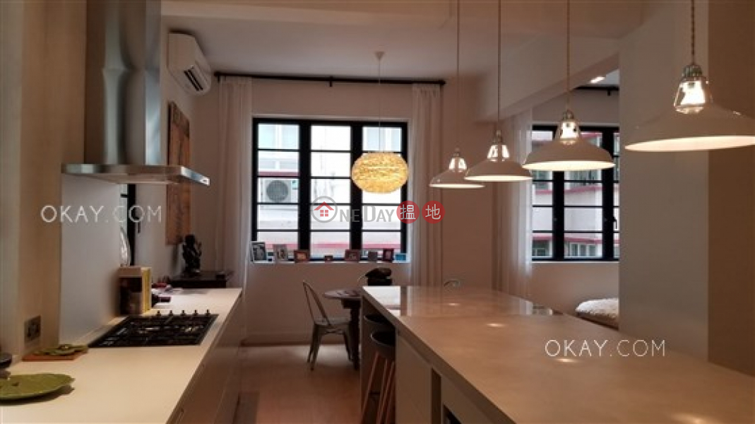 HK$ 74,000/ month | Minerva House | Western District | Efficient 2 bedroom in Mid-levels West | Rental