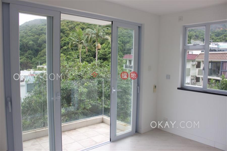 Beautiful house with sea views, rooftop & balcony   For Sale   Tai Hang Hau Village 大坑口村 Sales Listings