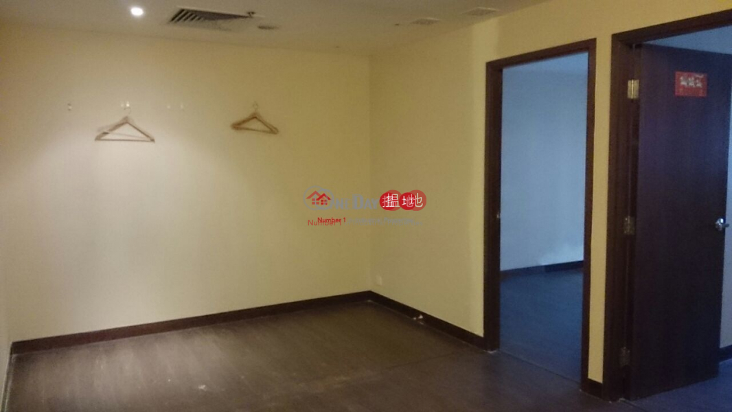 HK$ 23,000/ month   Prat Commercial Building Yau Tsim Mong Prat commercial building for leasing