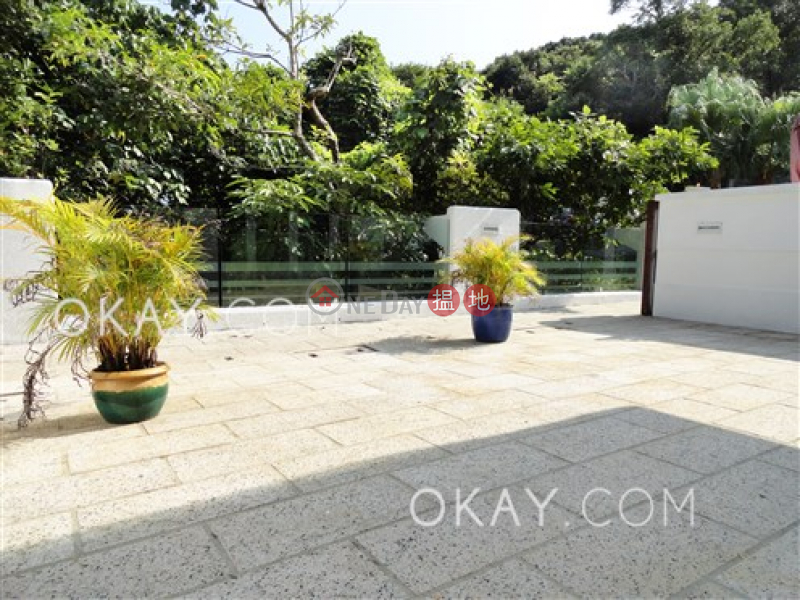 Gorgeous house with rooftop, terrace & balcony   Rental   Tam Wat Village 氹笏 Rental Listings