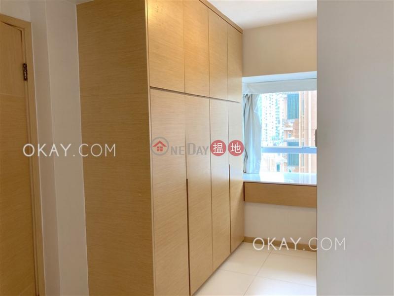 HK$ 33,000/ month Royal Court, Wan Chai District Tasteful 2 bedroom with parking | Rental