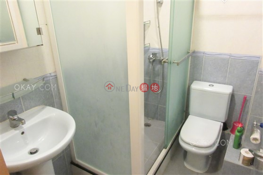 Unique 2 bedroom in Mid-levels West | Rental, 52 Robinson Road | Western District Hong Kong Rental HK$ 30,000/ month