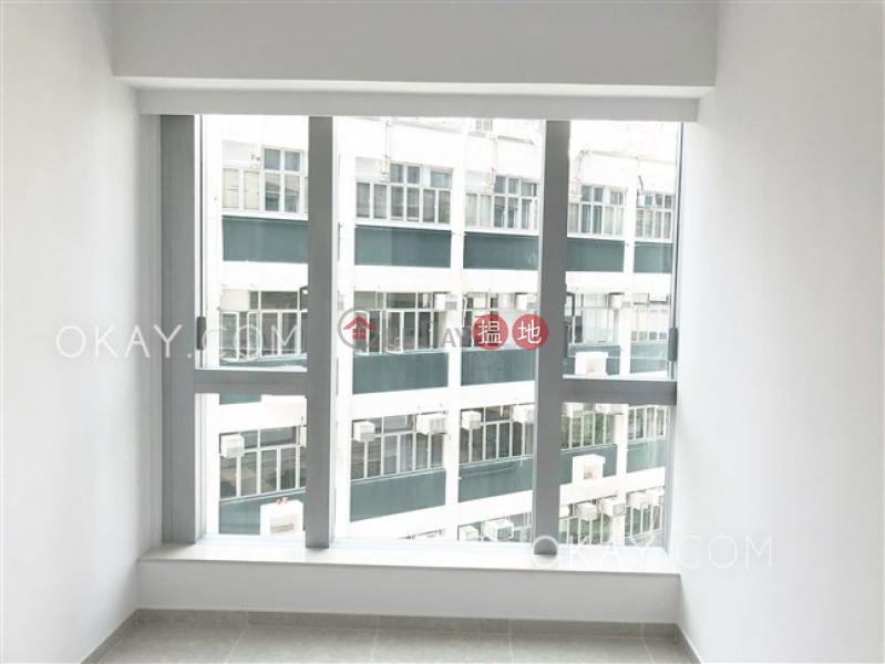 Popular 2 bedroom with balcony   Rental, Resiglow Pokfulam RESIGLOW薄扶林 Rental Listings   Western District (OKAY-R378757)