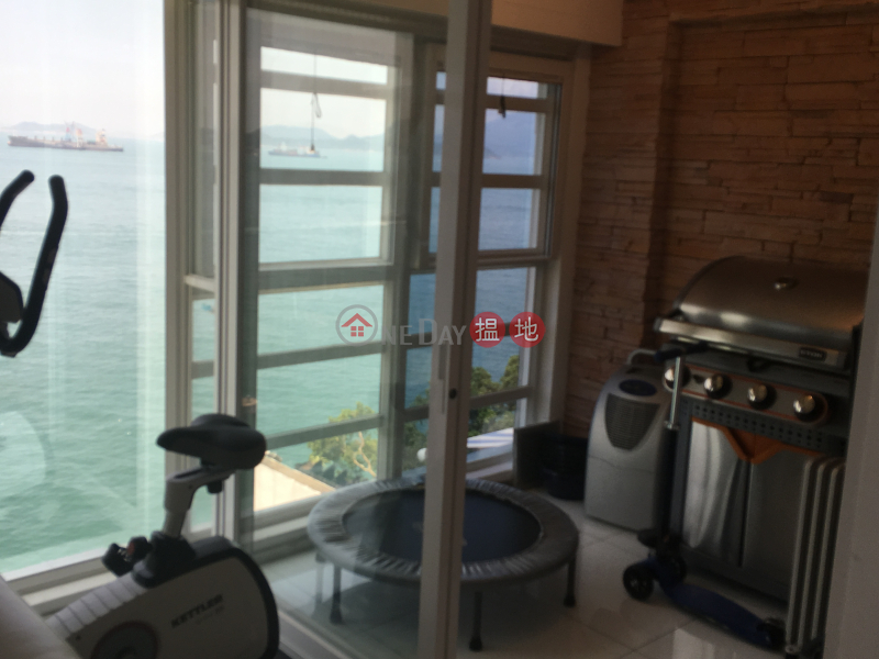 HK$ 100,000/ month Phase 3 Villa Cecil | Western District, 3 Bedroom Family Flat for Rent in Pok Fu Lam