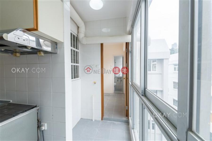 3房2廁,連車位《安碧苑出租單位》|安碧苑(Amber Garden)出租樓盤 (OKAY-R77700)