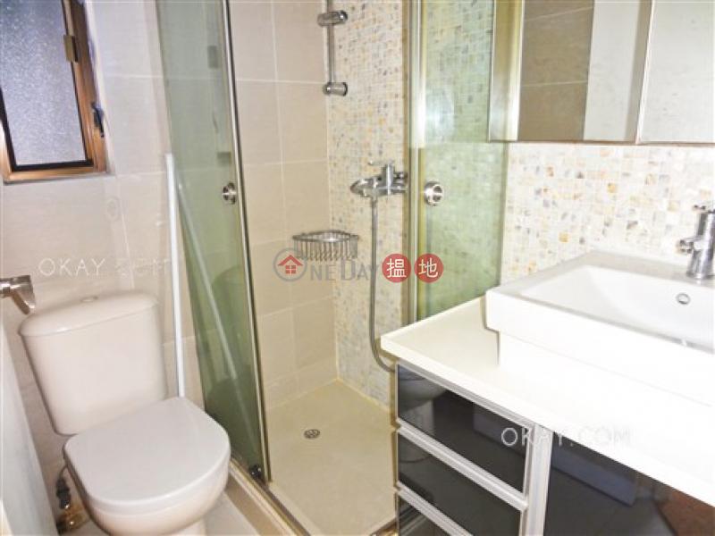 3房2廁,實用率高,極高層嘉景臺出租單位 嘉景臺(Corona Tower)出租樓盤 (OKAY-R95368)