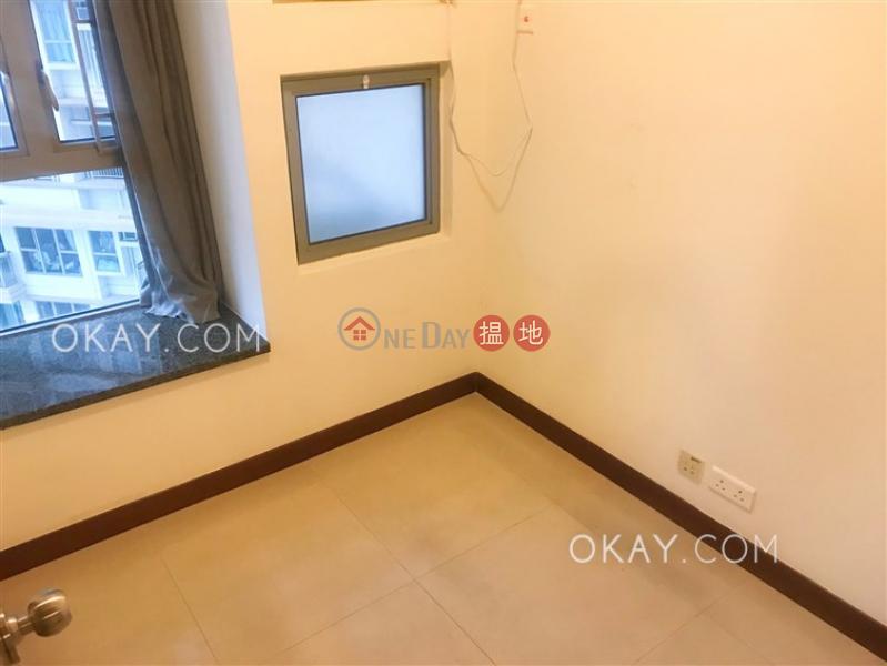 HK$ 25,000/ 月|泓都西區|2房1廁,星級會所,可養寵物,露台《泓都出租單位》
