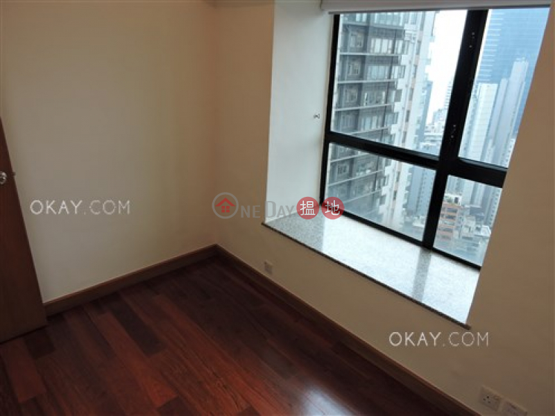 HK$ 28,500/ month, Caine Tower Central District   Lovely 3 bedroom on high floor with harbour views   Rental