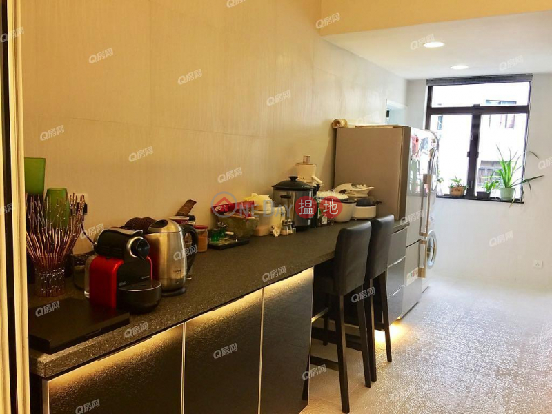 Property Search Hong Kong | OneDay | Residential Rental Listings, 79-81 Blue Pool Road | 3 bedroom Mid Floor Flat for Rent