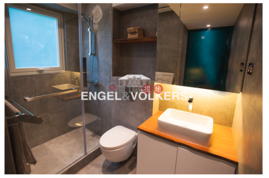 1 Bed Flat for Sale in Sheung Wan 17-19 Queen Road West | Western District | Hong Kong, Sales HK$ 8.52M
