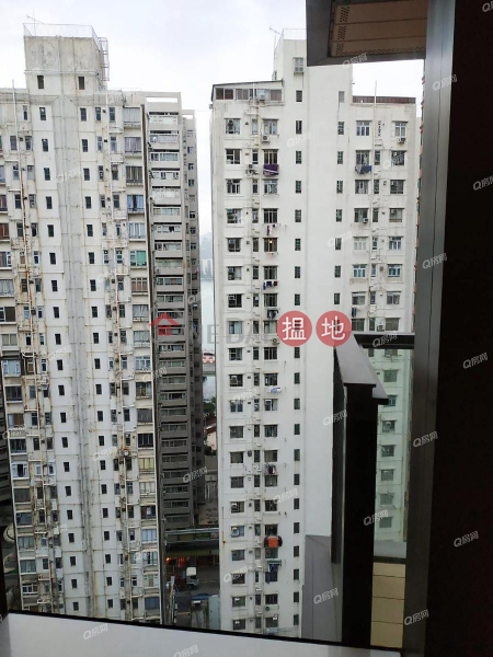 Property Search Hong Kong | OneDay | Residential Rental Listings, One Prestige | Mid Floor Flat for Rent