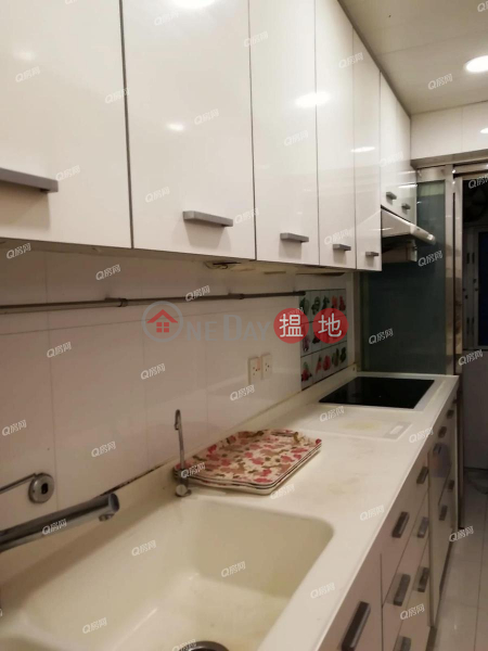 Property Search Hong Kong | OneDay | Residential | Rental Listings, Block 4 Phoenix Court | 3 bedroom Low Floor Flat for Rent