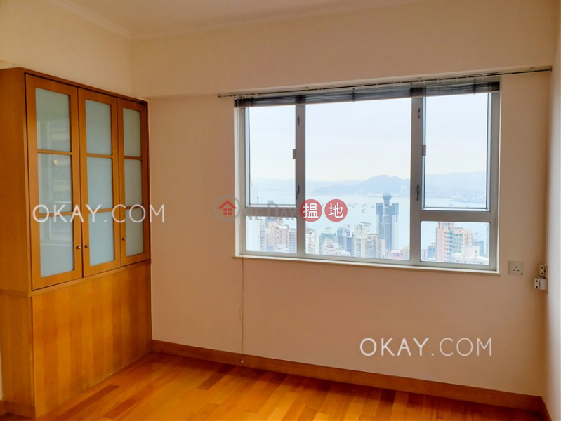 Efficient 3 bedroom on high floor with parking | For Sale | Realty Gardens 聯邦花園 Sales Listings