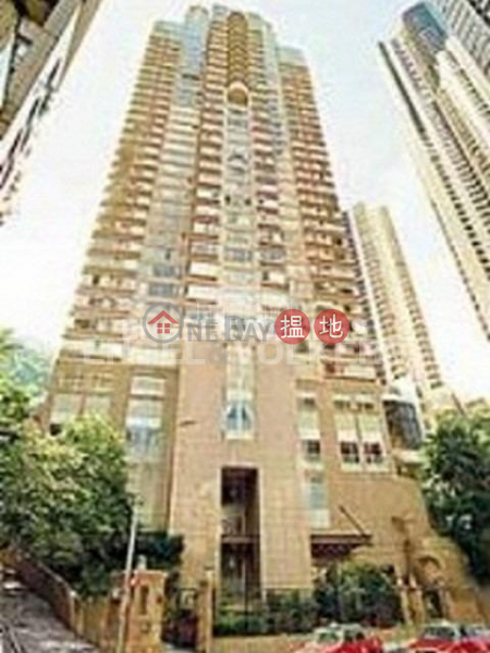 3 Bedroom Family Flat for Rent in Central Mid Levels | Valverde 蔚皇居 Rental Listings