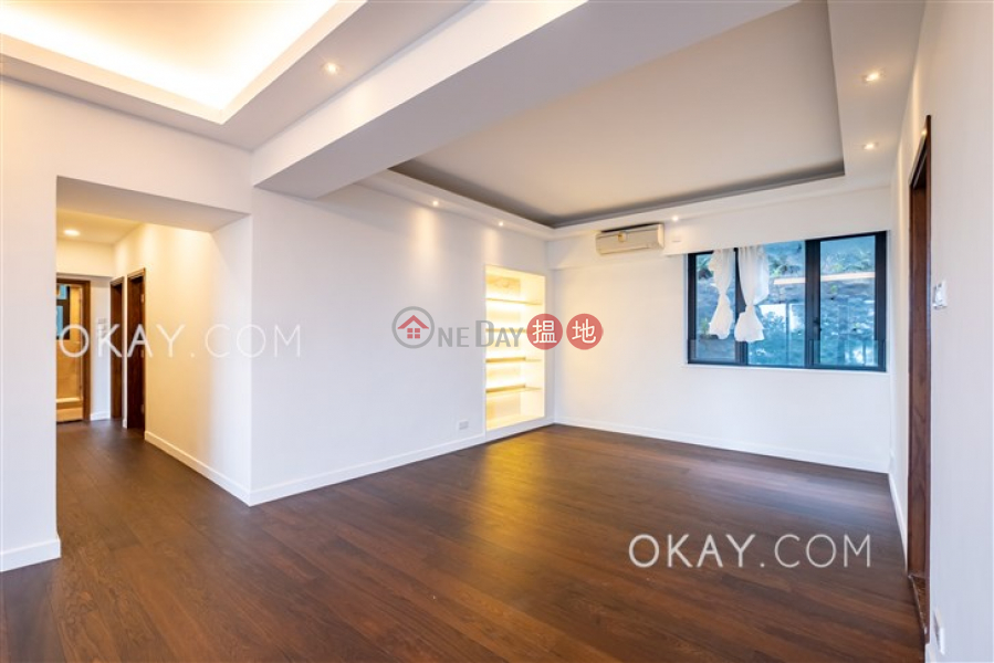 Lovely 3 bedroom with balcony & parking | Rental | 15 Magazine Gap Road | Central District Hong Kong, Rental | HK$ 112,000/ month