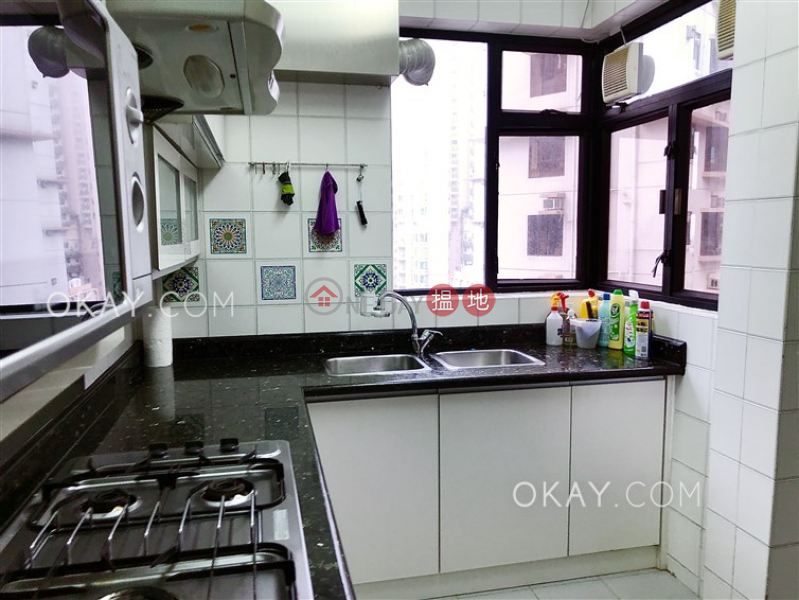 HK$ 60,000/ month Elegant Terrace Tower 2, Western District | Unique 3 bedroom on high floor with balcony & parking | Rental