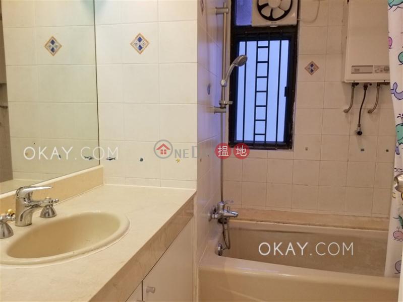香港搵樓|租樓|二手盤|買樓| 搵地 | 住宅-出租樓盤4房2廁,實用率高,連車位,露台《翡翠花園 41座出租單位》