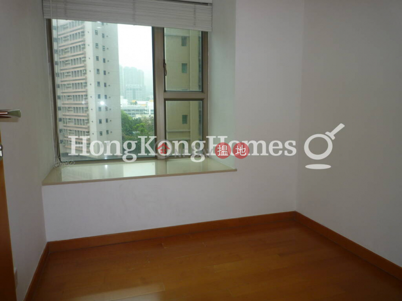 3 Bedroom Family Unit for Rent at The Zenith Phase 1, Block 3, 258 Queens Road East   Wan Chai District, Hong Kong   Rental HK$ 33,000/ month